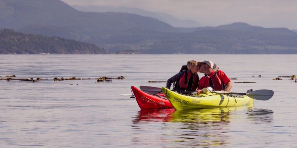 orca-camp-1501-kayaking-johnstone-strait-bc-1000x562